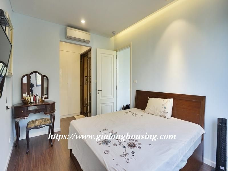 Bright duplex serviced apartment in Vong Thi for rent 17