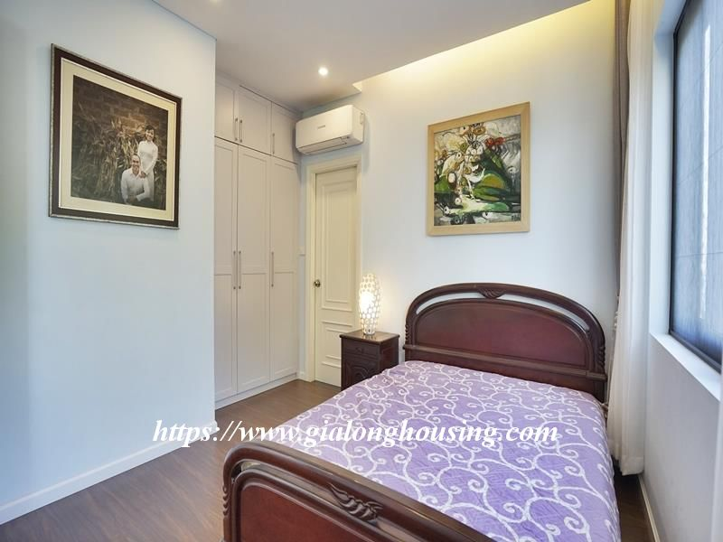 Bright duplex serviced apartment in Vong Thi for rent 9