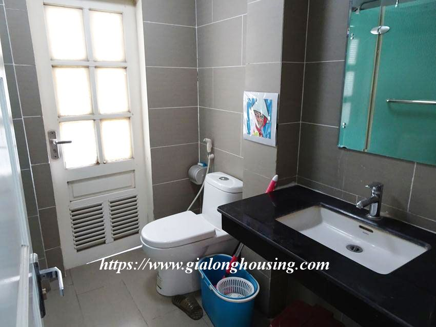 Fully furnished 02 bedroom apartment in Quan Ngua for rent 6