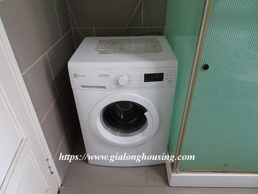 Fully furnished 02 bedroom apartment in Quan Ngua for rent 7