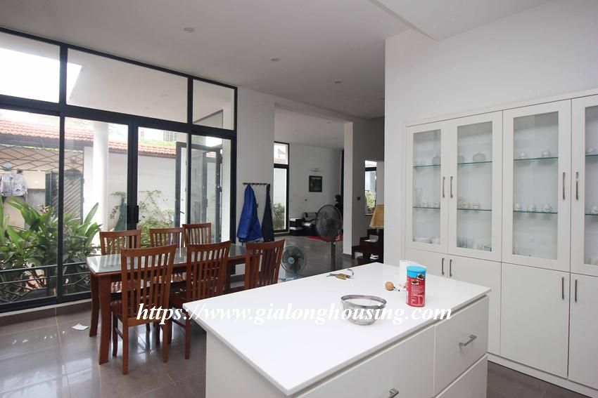 Beautiful garden house in Thuy Khue for rent 15