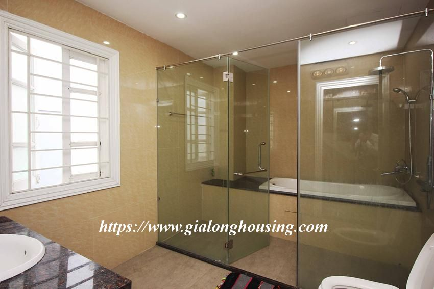 Beautiful garden house in Thuy Khue for rent 4
