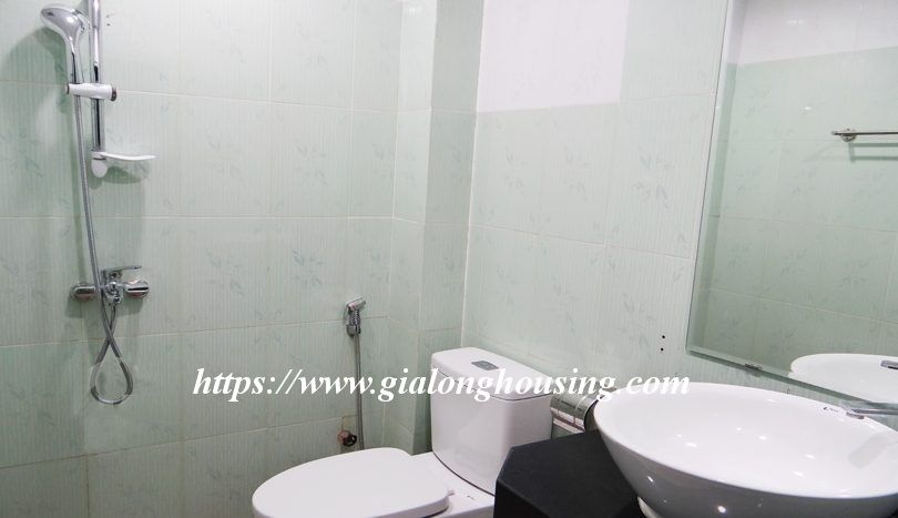 Four bedroom nice house in Dao Tan for rent 17