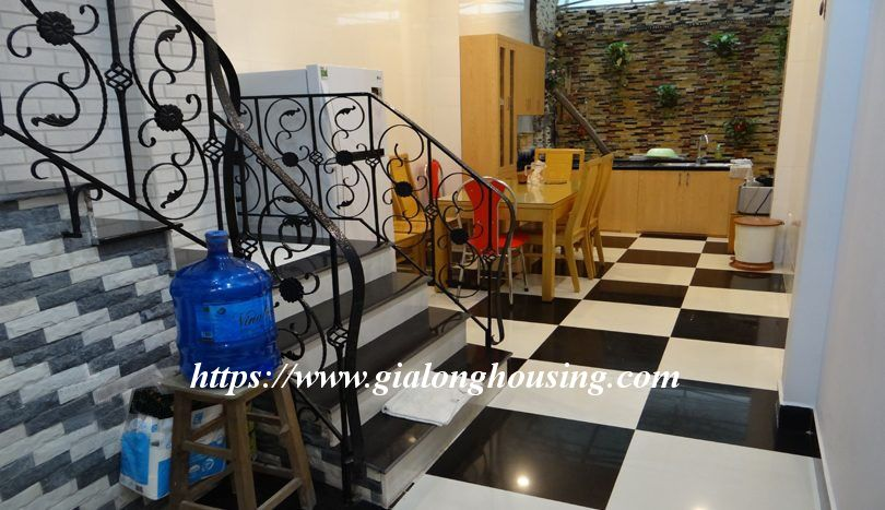 Four bedroom nice house in Dao Tan for rent 3