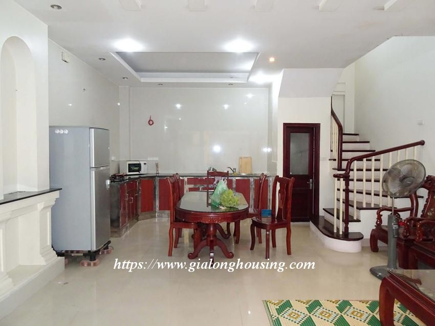 House in Doi Can for rent with 3 bedrooms 1
