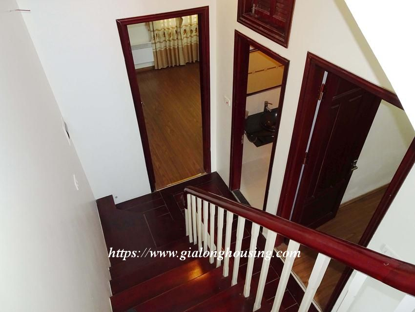 House in Doi Can for rent with 3 bedrooms 18