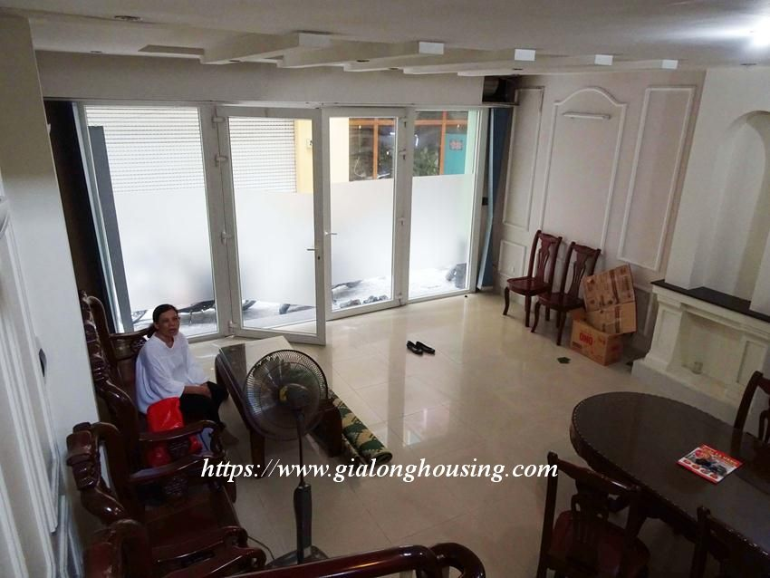 House in Doi Can for rent with 3 bedrooms 3