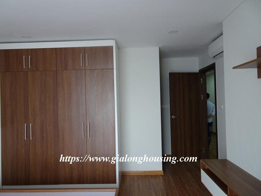 Brand new 2 bedroom apartment in Discovery Complex Cau Giay 14