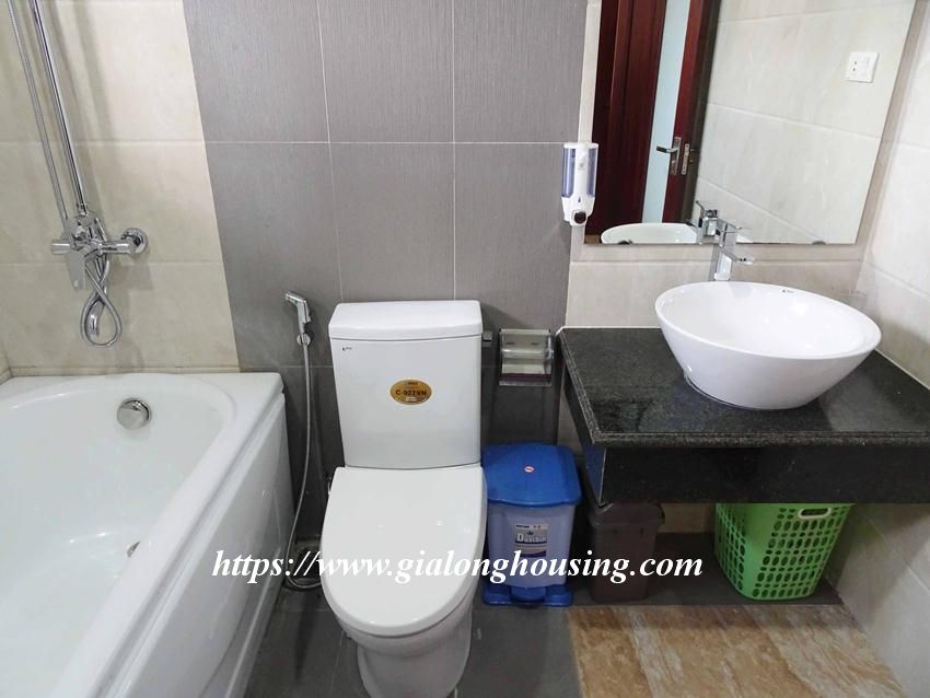 One bedroom apartment in lane 12, Dao Tan street for rent 13
