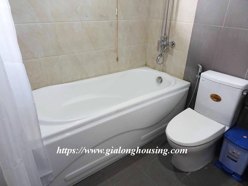 One bedroom apartment in lane 12, Dao Tan street for rent 14