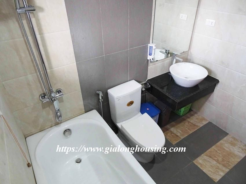One bedroom apartment in lane 12, Dao Tan street for rent 15