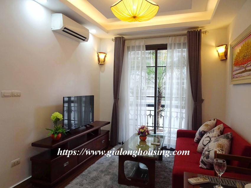 One bedroom apartment in lane 12, Dao Tan street for rent 4