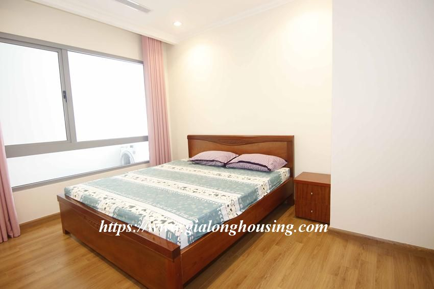 3 bedroom apartment in Vinhomes for rent 12