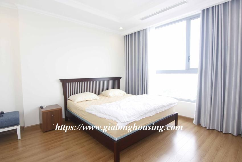 3 bedroom apartment in Vinhomes for rent 14