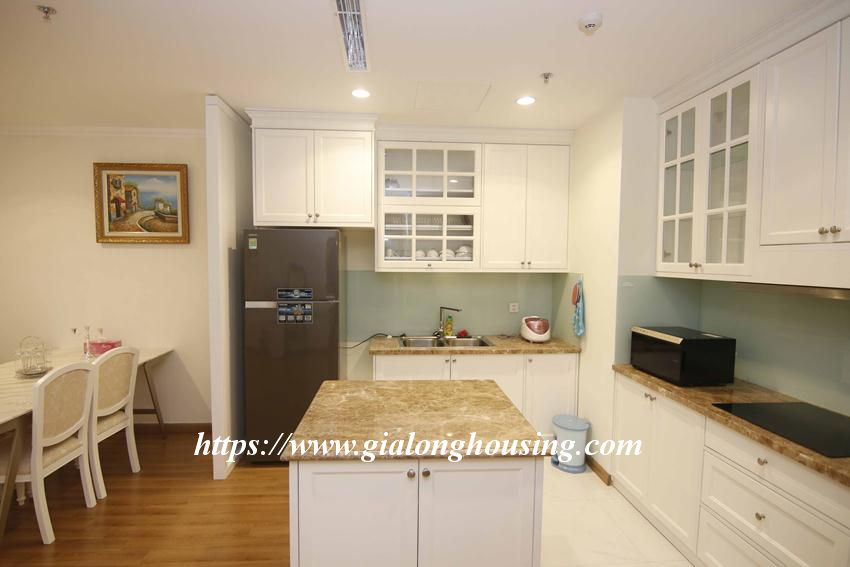 3 bedroom apartment in Vinhomes for rent 5