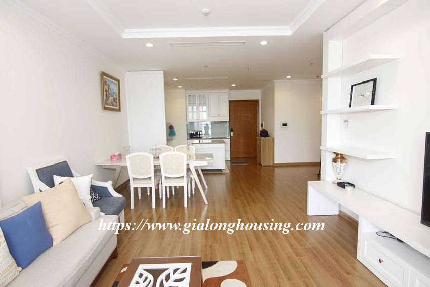3 bedroom apartment in Vinhomes for rent 8