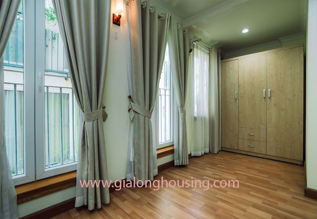 Apartment for rent in KIm Ma street, ba Dinh district 9