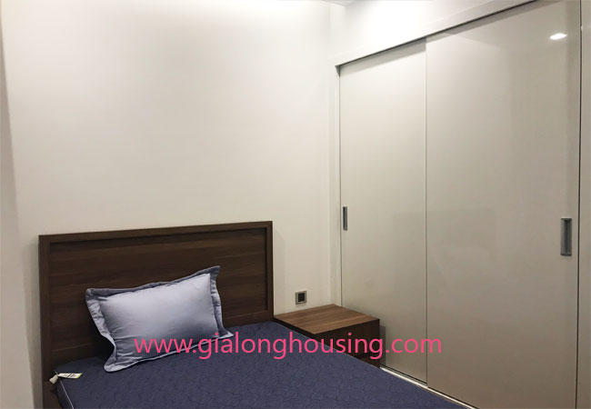 Apartment for rent in Vinhomes Metropolis, 2 bedrooms 10