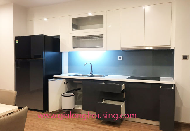 Apartment for rent in Vinhomes Metropolis, 2 bedrooms 4