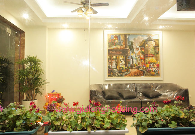 01 bedroom apartment for rent in Dao Tan street, Ba Dinh district 2
