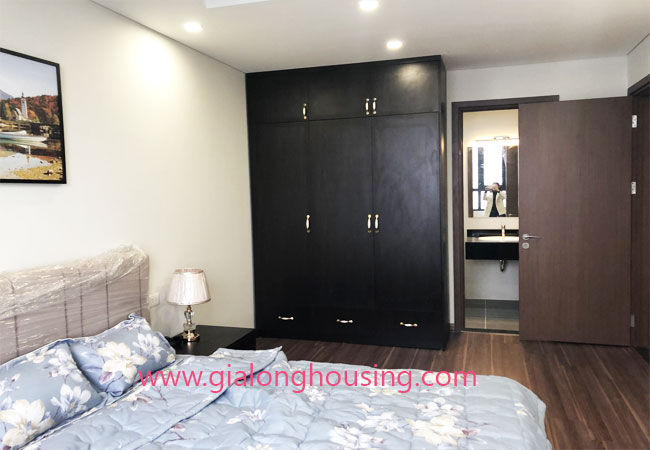 Apartment for rent in Lotus building, Ngoai Giao Doan Complex 5