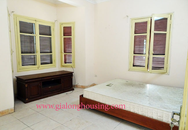 5 bedroom house for rent in To Ngoc Van street 7