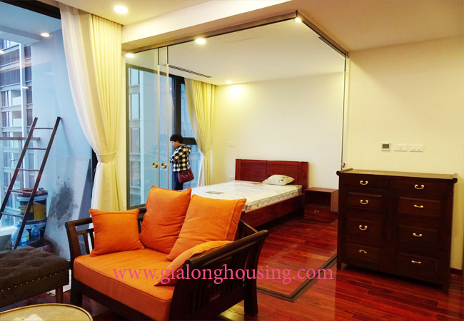 One bedroom apartment for rent in Vinhomes Metropolis 5