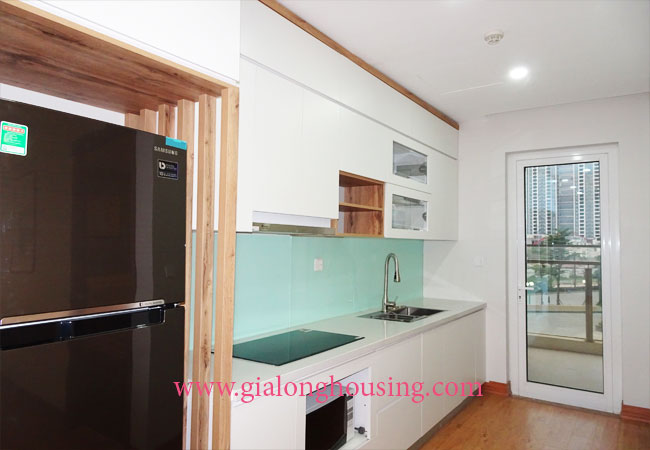 Beautiful 02 bedroom apartment on high floor at L3 Ciputra 6