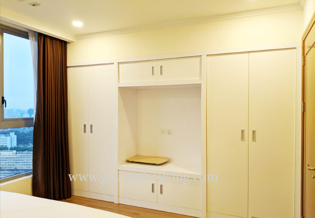 Nice apartment 01 bedroom for rent in Vinhomes Nguyen Chi Thanh 12