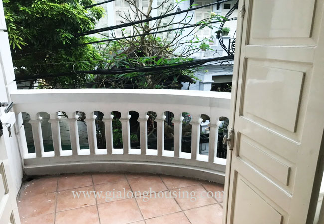 4 bedroom house for rent in Dang Thai Mai street 15
