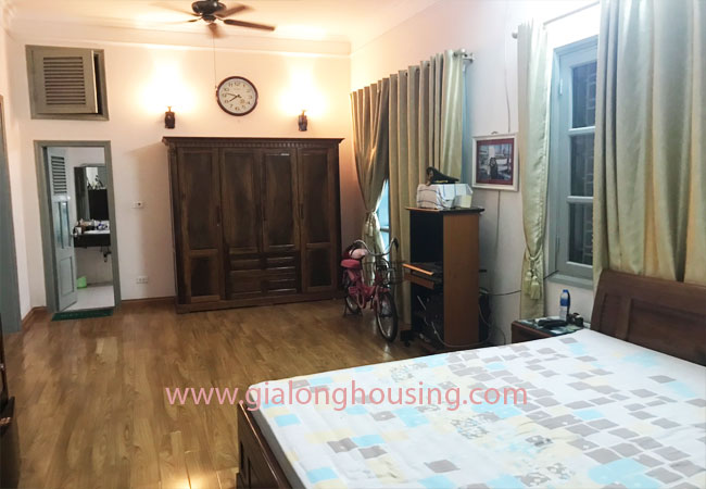 5 bedroom house for rent in Xuan La street, court yard 13