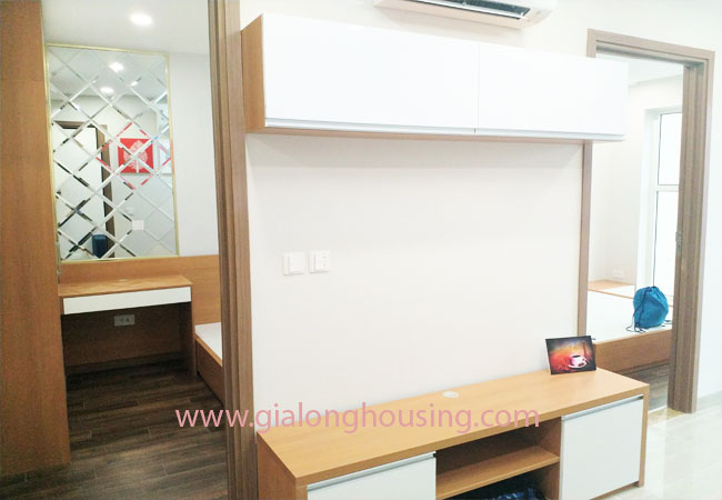 2 bedroom apartment for rent in L4 building, Ciputra 6