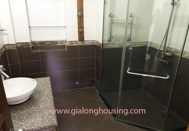 4 bedroom house for rent in Dong Da district 13