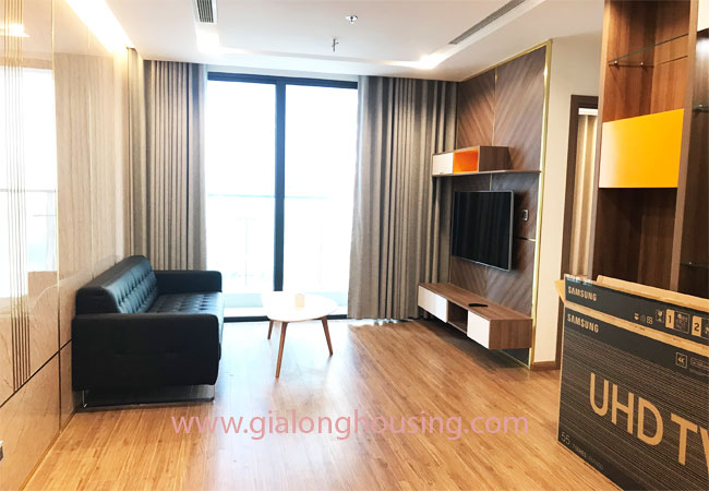 Nice furnished 02 bedroom apartment for rent in Vinhomes Metropolis 1