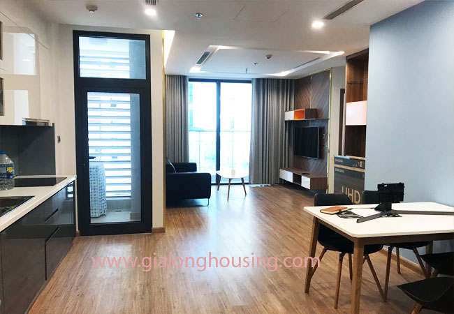 Nice furnished 02 bedroom apartment for rent in Vinhomes Metropolis 3