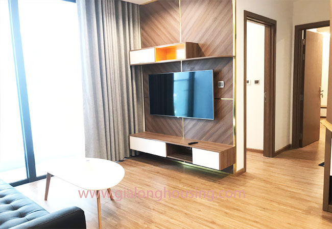 Nice furnished 02 bedroom apartment for rent in Vinhomes Metropolis 5