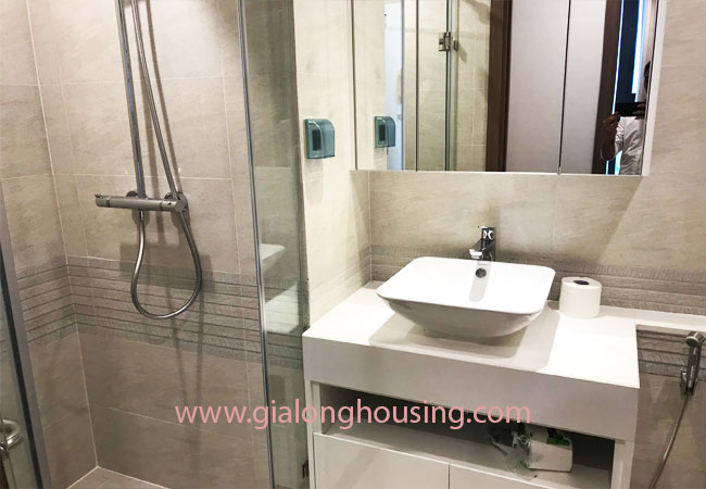 Nice furnished 02 bedroom apartment for rent in Vinhomes Metropolis 6