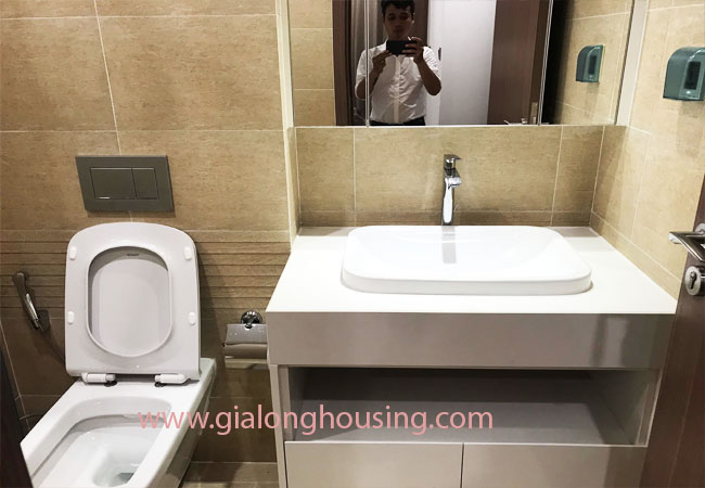 Nice furnished 02 bedroom apartment for rent in Vinhomes Metropolis 9