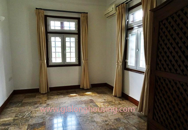 House with front courtyard on To Ngoc Van, Tay Ho for rent 13