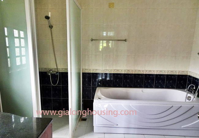 House with front courtyard on To Ngoc Van, Tay Ho for rent 16