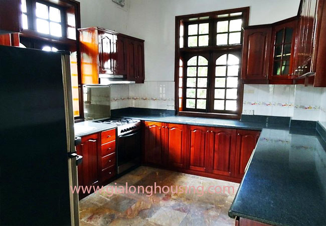 House with front courtyard on To Ngoc Van, Tay Ho for rent 8