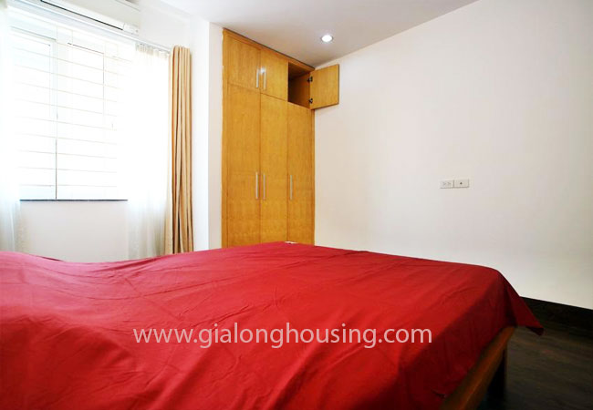 02 bedroom apartment for rent in Nghi Tam street, Tay Ho district 11