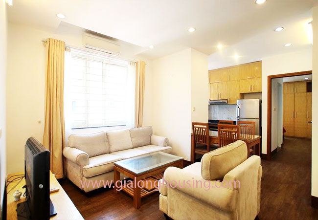 02 bedroom apartment for rent in Nghi Tam street, Tay Ho district 2