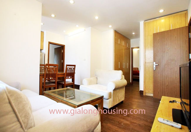 02 bedroom apartment for rent in Nghi Tam street, Tay Ho district 3