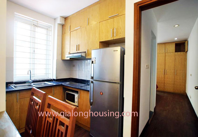 02 bedroom apartment for rent in Nghi Tam street, Tay Ho district 4