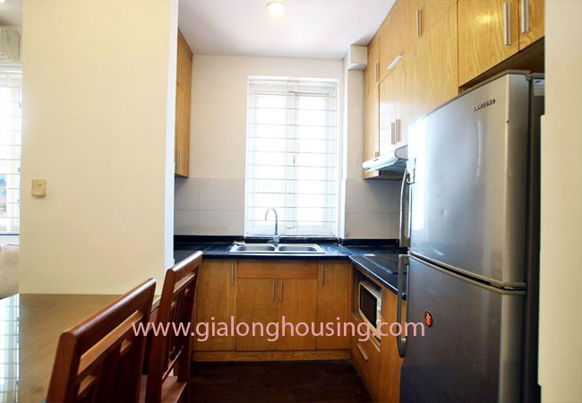 02 bedroom apartment for rent in Nghi Tam street, Tay Ho district 5