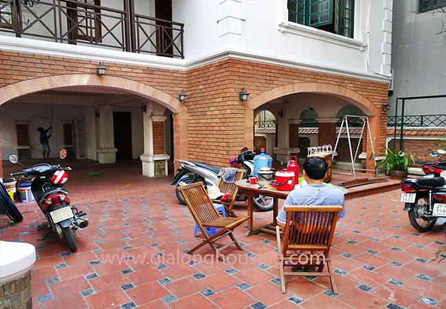 Gorgeous large villa with garden to let in the To Ngoc Van street 2