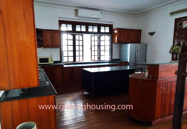 Gorgeous large villa with garden to let in the To Ngoc Van street 8