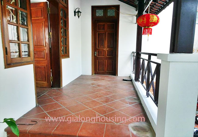Gorgeous large villa with garden to let in the To Ngoc Van street 9