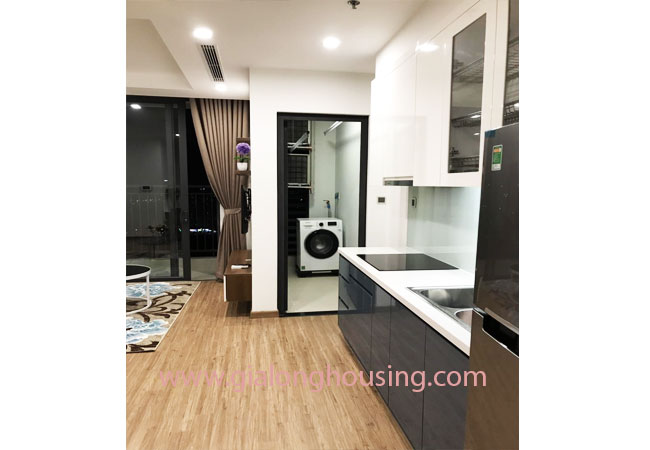 02 bedroom apartment for rent in Vinhomes Green Bay 3